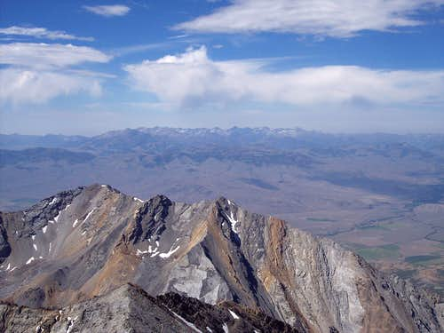 Peaks seen from Borah