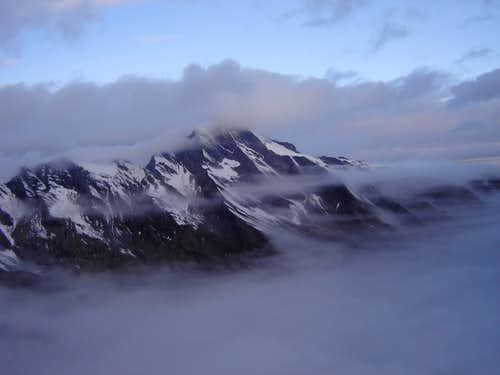 Kitzsteinhorn (3203m) in the clouds
