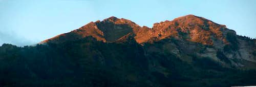 <a href= http://www.summitpost.org/logistical-center/458596/saint-lary.html >Saint Lary</a>, sunrise from the window