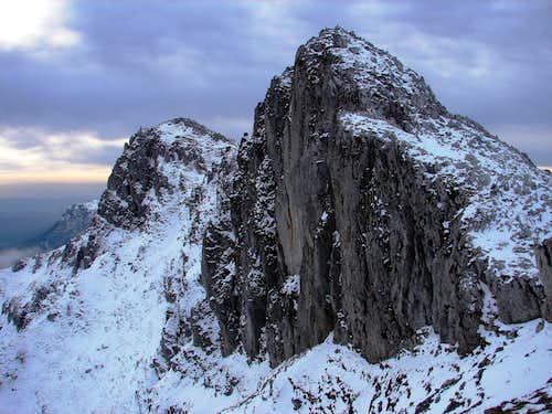 Aizkorri seen from the NW
