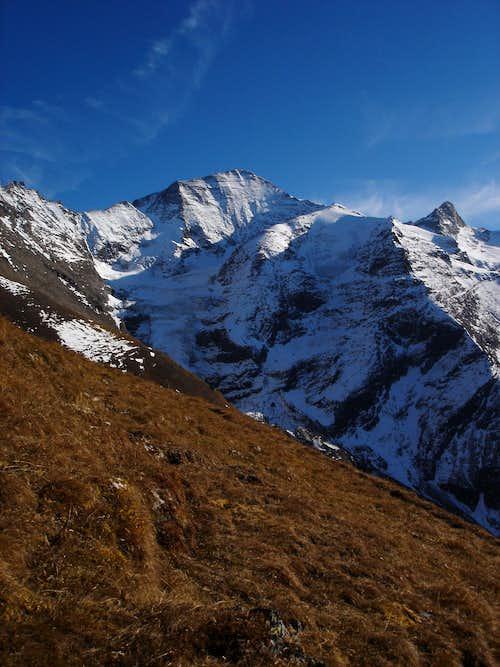 Wiesbachhorn (3564m) and Hinterer Bratschenkopf (3413m)