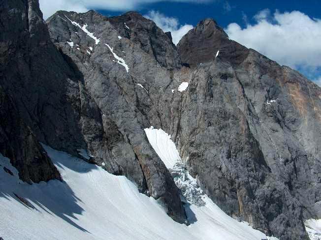 Vignemale and glacier of Oulettes de Gaube