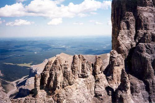 Pinnacles in saddle on west ridge