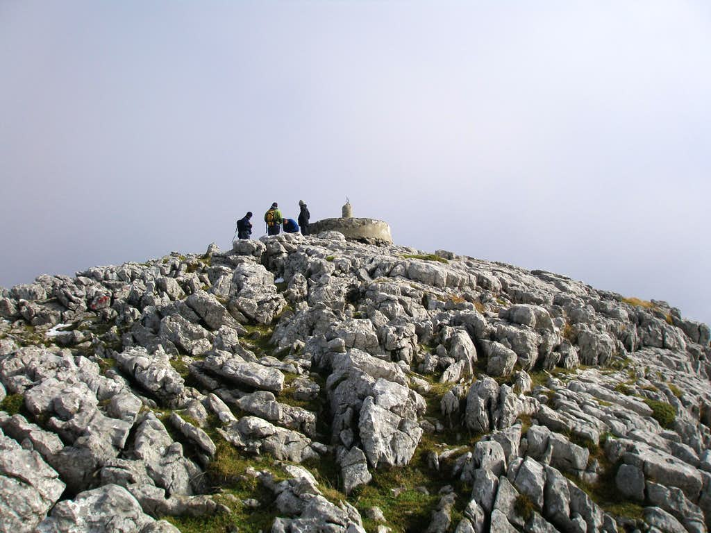 Summit of Irumugarrieta