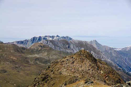 Piz Maimurainza (3038m), Piz Mundin (3146m) und Piz Mezdi (2920m) above the Zehnerkopfs (2675m) summit