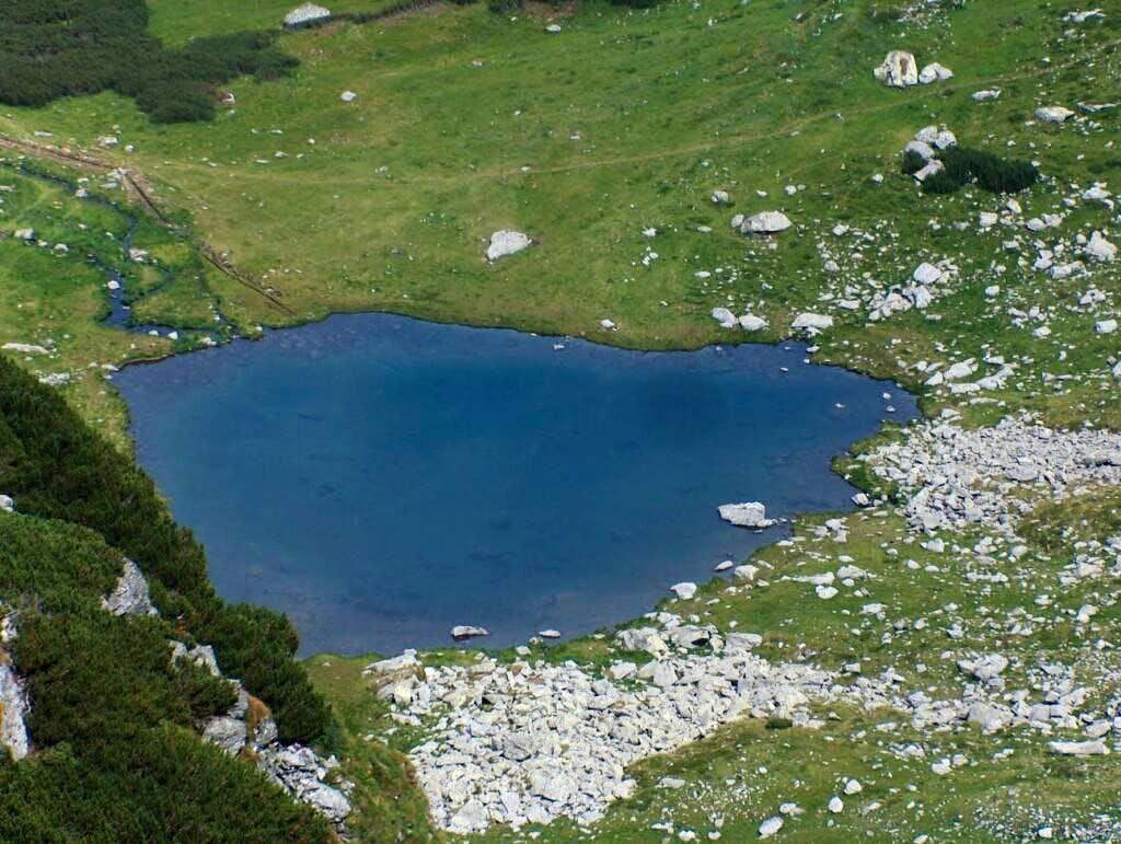 lake Iezer