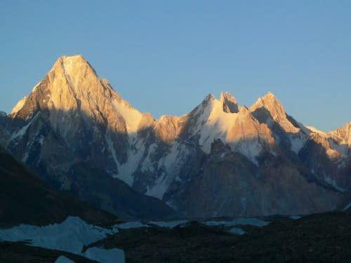Gasherbrum-IV (26000 f / 7925m), Karakoram, Pakistan