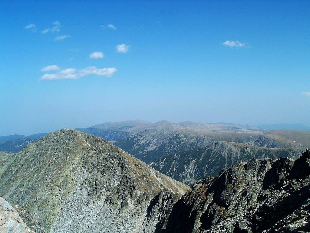 Malka Musala (2902 m) from Musala (2925 m)