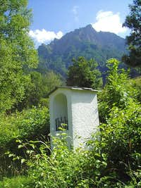 Little chapel on way to Glishorn