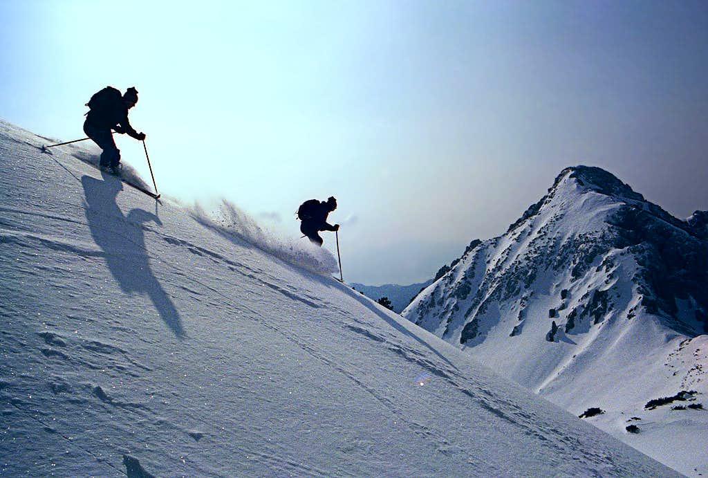 Skiing from Veliki Draski...