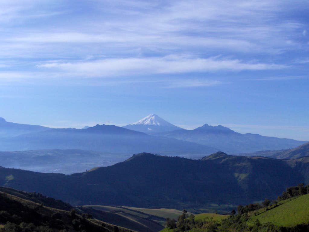 A resplendent Cotopaxi (5897 m)