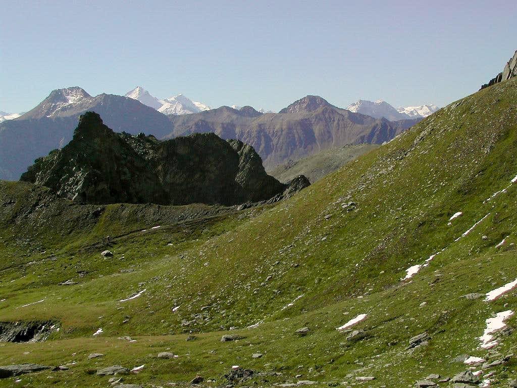 Pathway to Col Fenêtre de Ferret <i>2698 m</i>