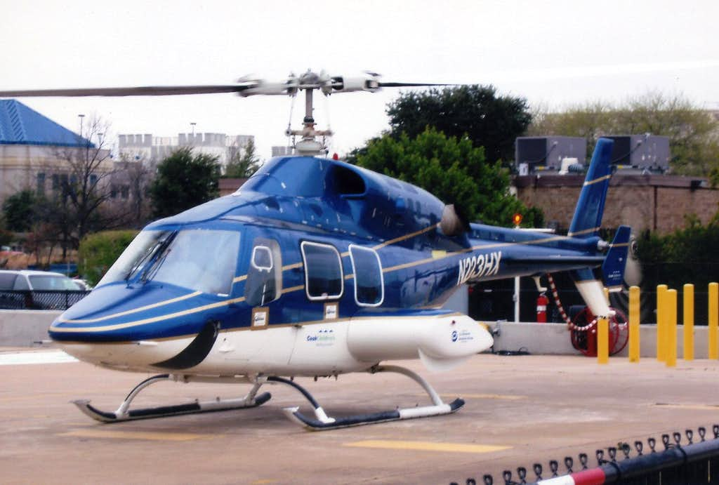 bell helicopter 222 with 463203 on Bell 407 additionally Pan American Bell Helicopter X In 1982 Pan likewise 1253351 likewise 463203 besides AIRWOLF.