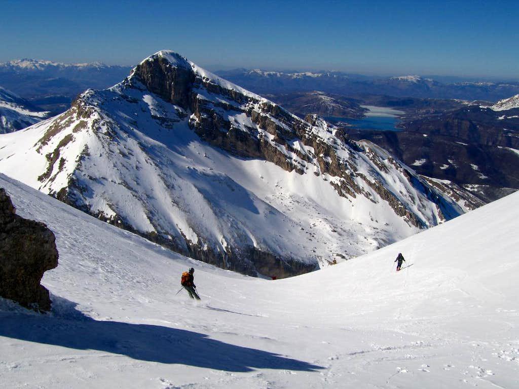 Skiing Intermesoli west