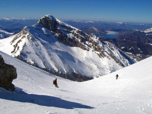 Skiing Intermesoli west
