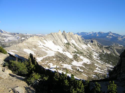 Matthes Crest from the NW