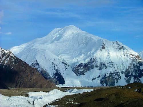 Baltoro Kangri (7300m), Karakoram, Pakistan