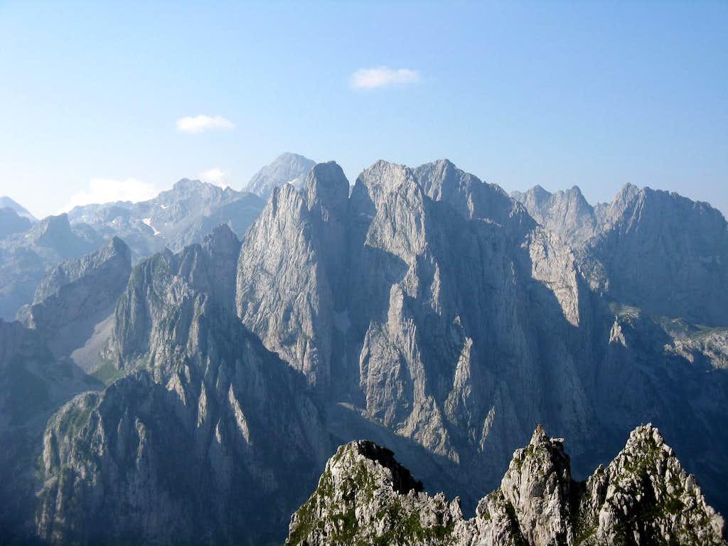 Maja e Bojs (2461m)