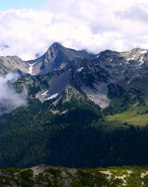 Wellesley Peak from Mt Claywood
