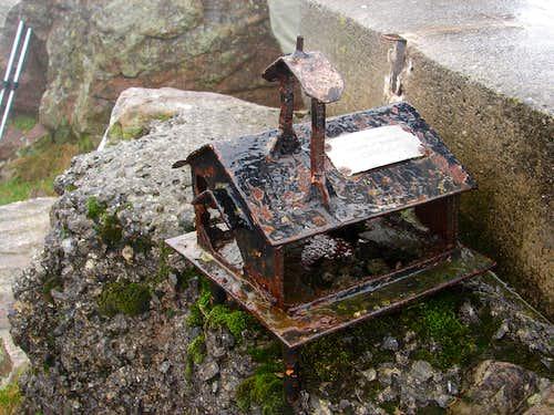 Old Mailbox on Mount Adarra