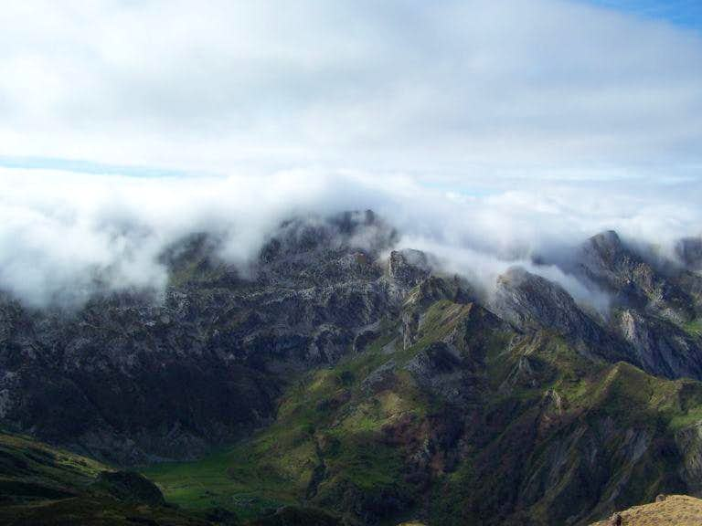 Northern Foehn effect in the Pyrenees, on the French side