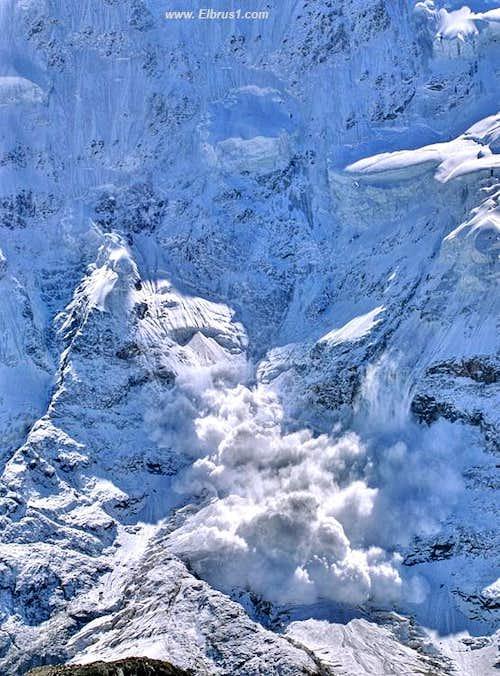 Avalanch - Flying Death...