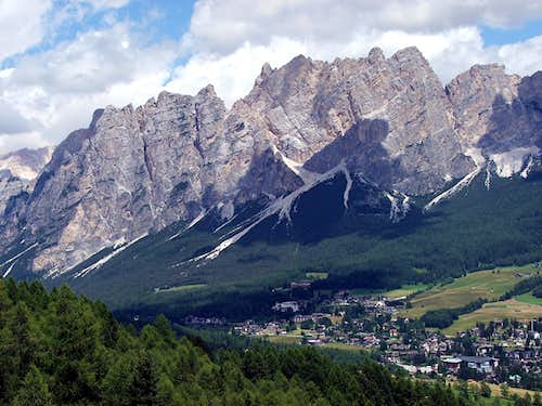 Pomaganòn and Cortina