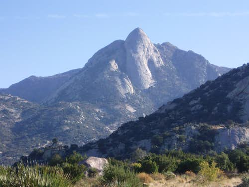 Sugarloaf on the way to Aguirre Springs