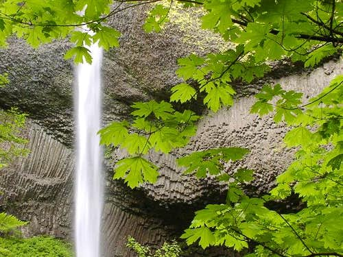 Columbia River Gorge:...