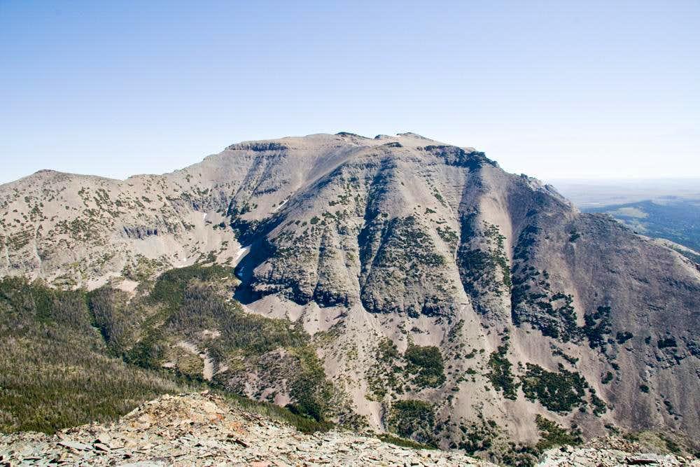 Kupunkamint Mountain