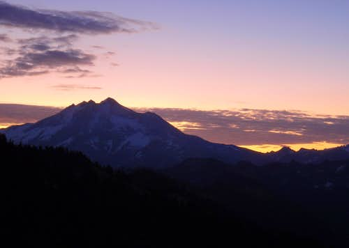 Glacier Peak Dawn