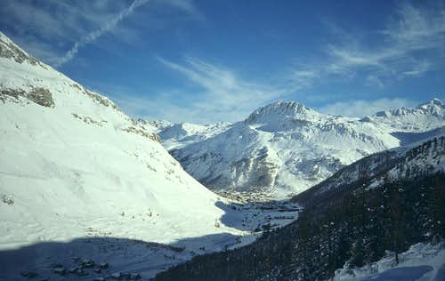 Skiing in the Vanoise
