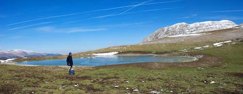 Camarda lake and Monte Corvo panorama
