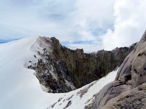 Pico de Orizaba  - traverse of crater rim