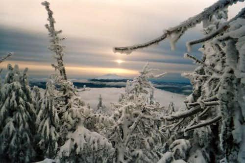 Sunset from Maiden peak in...