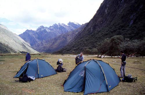 Quenuapampa camp site