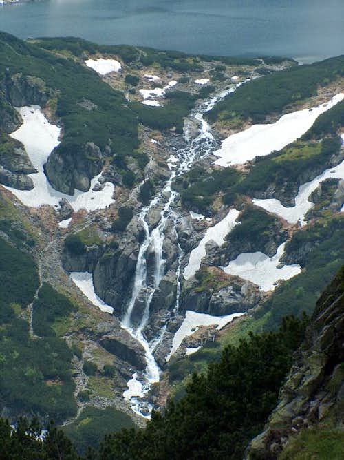 Siklawa waterfall in Tatra's 5 lakes Valley (Dolina Pięciu Stawów)