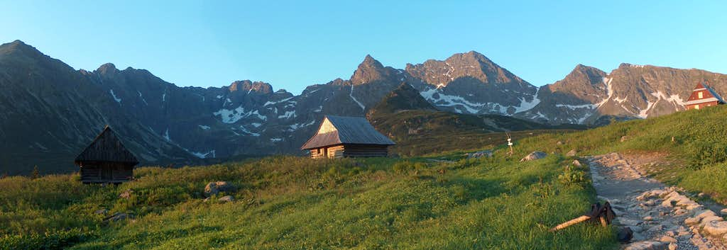 Dolina Gąsienicowa (Polish Tatras), in the sunrise
