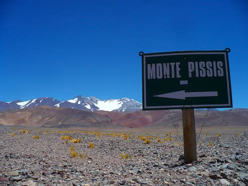 Monte Pissis... this way