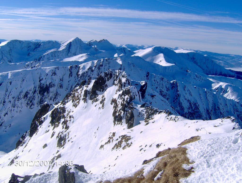 Serbota peak , Custura Saratii ridge, Negoiu peak