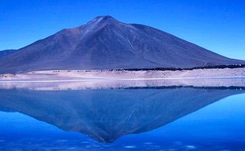 Laguna Verde with Cerro...