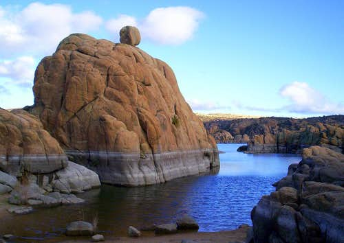 Arizona Has More Rocks Than An Entire Army of Elves Could Ever Shake a Stick At!