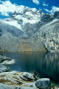 Laguna Churup with Nevado...