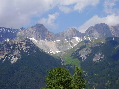 Scharnitztal and surrounded peaks