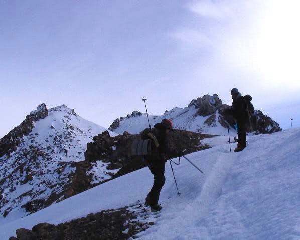 Shastas' summit caldera