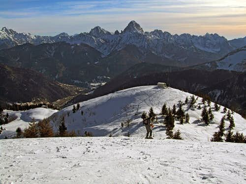 Skiing from Monte Dimon