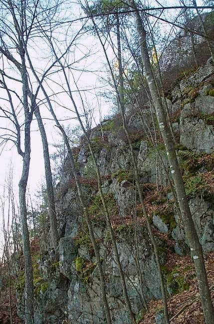 Hooksett Pinnacle (3/29/04).