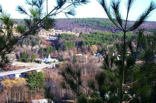 Hooksett Pinnacle (3/29/04)