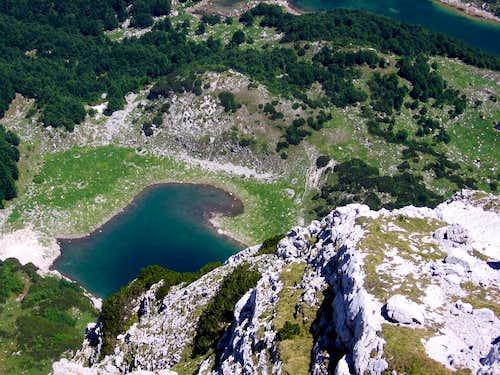 Malo Škrčko jezero