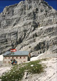 Adamek hut [21 July 1989]